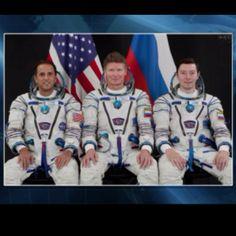 Describe tu pin..Hoy 17 de mayo, nuestro Astro Joseph Acaba esta de cumpleaños y celebrándolo por todo lo alto; en el espacio. Orgulloboricua