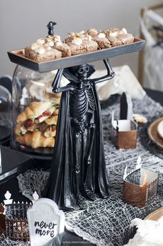 If you're a Disney fan, you'll love these Haunted Mansion Halloween Party Ideas! You'll find everything you need to throw an amazing Halloween party. Animated Halloween Decorations, Halloween Home Decor, Halloween Projects, Cute Halloween, Haunted Mansion Halloween, Perfect Party, Favorite Holiday, Tea Party, Design Tutorials