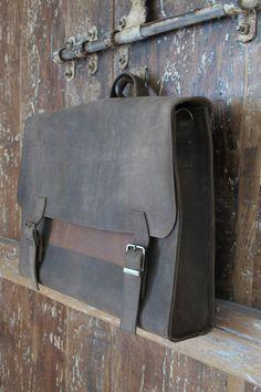 EN vente 399 au lieu de sac besace 488 hommes. Sac à dos d'étudiant gris pour homme, sac en cuir, cadeau pour lui, sac d'ordinateur portable...