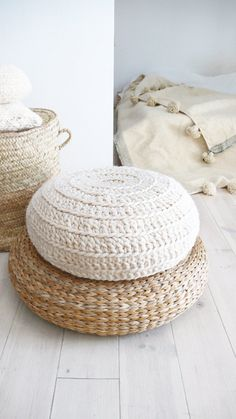 Crochet Floor Cushion thick wool Natural undyed by lacasadecoto