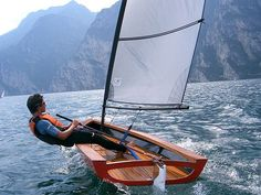 I like this; its a Truc Clean, simple and portable. Id go for a self build option if theyd only make one, and given that this is by far the most popular thing Ive ever posted, it seems I wouldnt be the their only customer! Yacht Design, Boat Design, Sailing Dinghy, Sailing Ships, Dinghy Sailboat, Sailing Boat, Wooden Sailboat, Small Sailboats, Remo