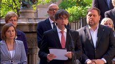 """Compareixença del president de la Generalitat, Carles Puigdemont, i del vicepresident, Oriol Junqueras, per anunciar que el referèndum serà l'1 d'octubre de 2017 i es preguntarà: """"Voleu que Catalunya sigui un estat independent en forma de república?""""."""