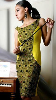 Boat-neck side panels dress