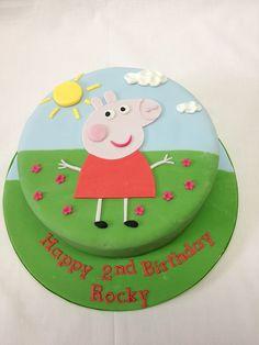 Round Peppa Pig Cake @Barbara Acosta Acosta Van Horn