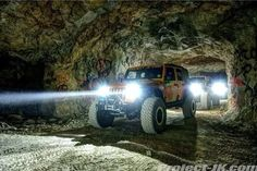 Roll'n around in a cave. Just a regular kinda day! #jeep #cave