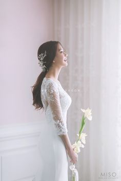 Pre Wedding Photoshoot, Bridal Shoot, Wedding Shoot, Wedding Dresses, Korean Wedding Hair, Hairdo Wedding, Korean Wedding Photography, Wedding Goals, Bridal Style