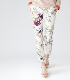 Women's Clothes - Trendy Fashion Clothing For Sale Online Holiday Style, Holiday Fashion, Office Fashion, Women's Fashion, Printed Trousers, Summer Is Coming, Office Style, Reiss, Summer Wardrobe