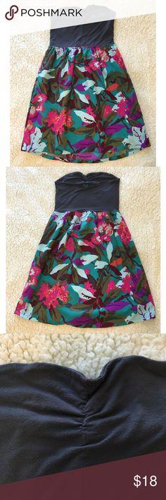 Roxy Strapless Floral Grey Dress size Small Strapless roxy brand floral dress size small Roxy Dresses Strapless