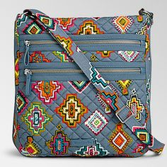 Vera Bradley Crossbody Colorful, Used 1 day only, perfect condition Vera Bradley Bags Crossbody Bags Tote Backpack, Tote Purse, Crossbody Bags, Patchwork Bags, Quilted Bag, Sacs Tote Bags, Shabby Chic Stil, Hipster Bag, Ipad Bag