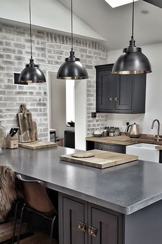 Kitchen Colour Schemes, Kitchen Colors, Kitchen Ideas, Color Schemes, Light Grey Kitchens, Cool Kitchens, Modern Kitchens, Grey Kitchen Blinds, Kitchen Maker