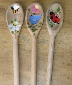 DIY Crafts and Projects added a new photo. Spoon Art, Wood Spoon, Crafts To Make And Sell, Diy And Crafts, Arts And Crafts, Wooden Spoon Crafts, Wood Crafts, Diy Painting, Painting On Wood