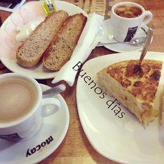 Cargando bien las pilas... ¡Feliz Domingo!  #ideassoneventos #blog #bloglovin #organizacióndeventos #comunicación #protocolo #imagenpersonal #bienestarybelleza #decoración #inspiración #bodas #buenosdías #goodmorning #sunday #domingo #happy #happyday #felizdía #desayuno #breakfast #ricorico #ñamñam #cafés # coffee #instahealth #healthy #instafood #buenosmomentos #buenacompañía