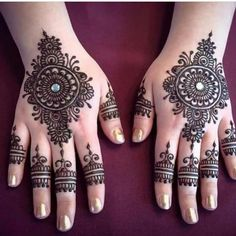 Explore latest Mehndi Designs images in 2019 on Happy Shappy. Mehendi design is also known as the heena design or henna patterns worldwide. We are here with the best mehndi designs images from worldwide. Heena Design, Mehndi Design Images, Best Mehndi Designs, Arabic Mehndi Designs, Bridal Mehndi Designs, Beautiful Rangoli Designs, Mehandi Designs, Wedding Designs, Beautiful Mehndi