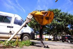 02/04/15 - Falta de lixeiras causa transtorno nas ruas de Goiânia. Confira na reportagem: http://globotv.globo.com/tv-anhanguera-go/ja-2a-edicao/v/falta-de-lixeiras-causa-transtornos-na-ruas-de-goiania/2188408/