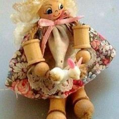 This guide is about making spool dolls. Thread spools can be reused to create something new.
