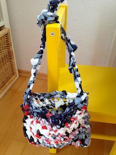 Tasche aus Plastiktüten