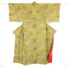 更紗柄を染め上げた適度な落ち着きの小紋