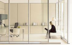 Teknion glazed door and partition system Altos Wall Modern Office Design, Office Interior Design, Office Interiors, Office Furniture, Furniture Design, Folding Partition, Art Studio At Home, Modular Walls, Architecture