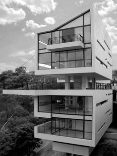 4 Casas LCC / Gaeta Springall Arquitectos