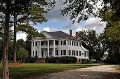 """Matthews-Tait-Rutherford Home, """"Youpon Plantation"""", located near Canton Bend, AL in Wilcox County Old Southern Homes, Southern Plantation Homes, Southern Mansions, Southern Plantations, Country Homes, Southern Charm, Neoclassical Architecture, Revival Architecture, Old Mansions"""
