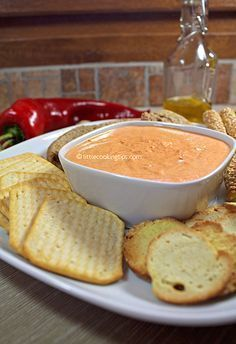 Εύκολο ντιπ με πιπεριές Φλωρίνης και τυρί κρέμα Snack Recipes, Cooking Recipes, Snacks, Party Recipes, A Food, Food And Drink, Dip, Best Comfort Food, Roasted Peppers