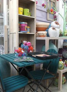 Angolo romantico Corner Desk, Furniture, Home Decor, Corner Table, Decoration Home, Room Decor, Home Furnishings, Home Interior Design, Home Decoration