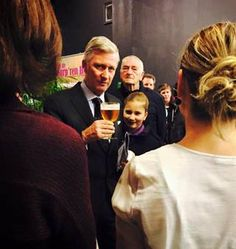 King Philippe and Queen Mathilde made a surprise appearance when they attended a dance performance in which their daughter Princess Elisabeth danced. The Duchess of Brabant danced there with her academy August De Boeck's production 'in the spotlight'.