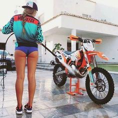 Cars Discover Taking A Motorcycle On Your Camping Trip Dirt Bike Girl Harley Dirt Bike Lady Biker Biker Girl Motocross Girls Motorbike Girl Dirtbikes Hot Rides Motorcycle Girls Lady Biker, Biker Girl, Fille Et Dirt Bike, Motocross Girls, Motorbike Girl, Motorcycle Girls, Dirt Bike Girl, Dirtbikes, Biker Chick