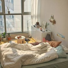 Home Decoration Living Room .Home Decoration Living Room Korean Bedroom Ideas, Room Ideas Bedroom, Bedroom Inspo, Dream Rooms, Dream Bedroom, Apartment Interior, Room Interior, Bedroom Apartment, Minimalist Room