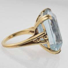 Antique Jewelry, Vintage Jewelry, Jewelry Accessories, Jewelry Design, Blue Topaz Ring, Saphire Ring, Unusual Rings, Love Ring, Ring Designs