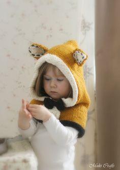 KNITTING PATTERN fox hood Roxy knitted flat baby por MukiCrafts