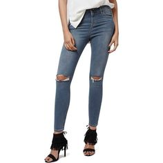 Petite Topshop 'Jamie' Ripped Crop Skinny Jeans ($80) ❤ liked on Polyvore featuring jeans, grey denim, petite, high waisted ripped skinny jeans, distressed jeans, high-waisted jeans, cropped skinny jeans and super skinny jeans