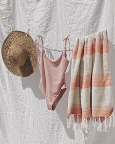 Clothing Photography, Fashion Photography, Pink Ties, Shooting Photo, Summer Aesthetic, Mode Outfits, Summer Vibes, Beachwear, Summer Outfits