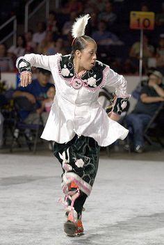 Valerie Parker, baddest Smoke Dancer around Native American Regalia, Native American Women, Powwow Regalia, Jingle Dress, Iroquois, Pow Wow, First Nations, Dance Outfits, Traditional Dresses