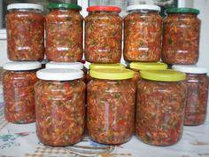 Zarzavat pentru ciorbe !! Pickels, Romanian Food, Celery, Preserves, Salsa, Good Food, Goodies, Food And Drink, Cooking Recipes