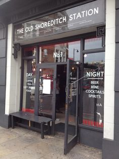 By day, sophisticated coffee house. By night, trendy cocktail bar – get acquainted with the Old Shoreditch Station. #oldstnewcoffee #oldstnewrules