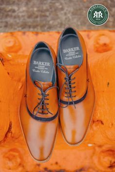 New to the Creative Collection this season and inspired by the popular McClean, Barker Emerson features leather uppers interspersed with contrasting suede detail. An excellent choice for the fashion-conscious gent! 👞  #barkeremerson #barkershoes #ss20 #robinsonsshoes Three Color Combinations, Shoe Horn, Shoe Tree, Goodyear Welt, Types Of Shoes, Emerson, Suede Shoes, New Shoes, Derby
