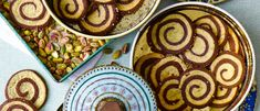 Try our pinwheel cookie swirl recipe. These Pistachio pinwheel cookies are quick and easy to bake. Pinwheel recipes are super fun for a tea party Best Afternoon Tea, Afternoon Tea Recipes, Baking Recipes, Cookie Recipes, Best Christmas Cookie Recipe, Pinwheel Cookies, Pinwheel Recipes, Homemade Biscuits, Pinwheels