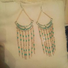 Handmade long earings!be stylish!