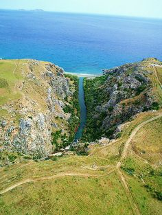 #Preveli, located on the south coast of Crete and is the most exotic beach on Crete. A freshwater river flows through Preveli, ending in the #Libyan #Sea!!!