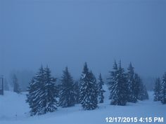 Mt Hood Dec. 17, 2015 main real-time visibility image