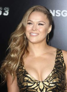 Beautiful women for an afternoon delight featuring Selena Gomez, Emma Watson, Anna Kendrick, Ronda Rousey, Katy Perry and many others. Ronda Rousey Wwe, Ronda Jean Rousey, Rhonda Rousy, Gorgeous Ladies Of Wrestling, Rowdy Ronda, Wwe Female Wrestlers, Female Athletes, Raw Women's Champion, Wwe Womens