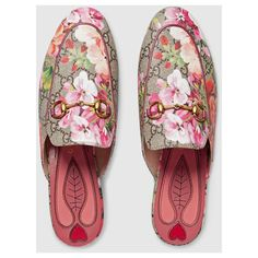 Gucci Princetown Gg Blooms Slipper ($695) ❤ liked on Polyvore featuring shoes and slippers