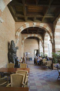 Le salon de thé de l'hôtel particulier d'Assézat / The tea parlour in Assézat private mansion © K. Lhémon #toulouse France #visiteztoulouse