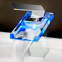 LightInTheBox Temperature Sensitive Single Handle Centerset LED Lavatory Faucet, Chrome LightInTheBox,http://www.amazon.com/dp/B004CCU99Y/ref=cm_sw_r_pi_dp_WvkXsb0KF57MP8DE
