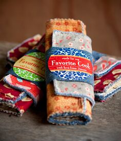 Country Potholders from My Own Ideas blog #diy #craft #sewing #gift #handmade #kitchen