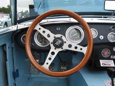 Momo Indy steering wheel