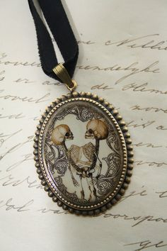 Skull cameo necklace - anatomical Siamese twins