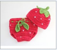 This Pink Strawberry Hat is the cutest little spring accessory for the baby in your life. This free crochet pattern is for size 0 – 3 months, ...