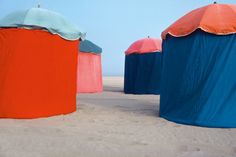 Parasols by John Batho, France, 1977 Color Pairing, Color Combos, Color Shapes, Color Pop, John Batho, Design Textile, First Day Of Summer, Famous Photographers, Claude